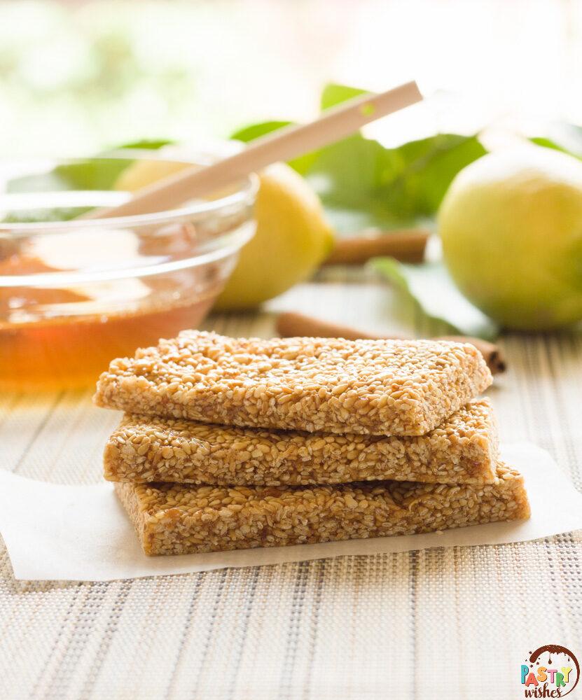 pasteli ancient greek sesame bars with honey