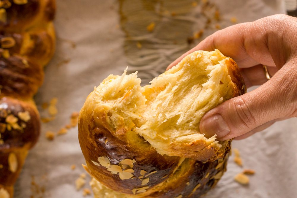 no nead tsoureki on baking sheet